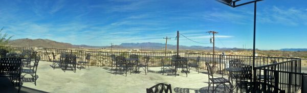 Die Terrasse der High Sierra Bar, Terlingua