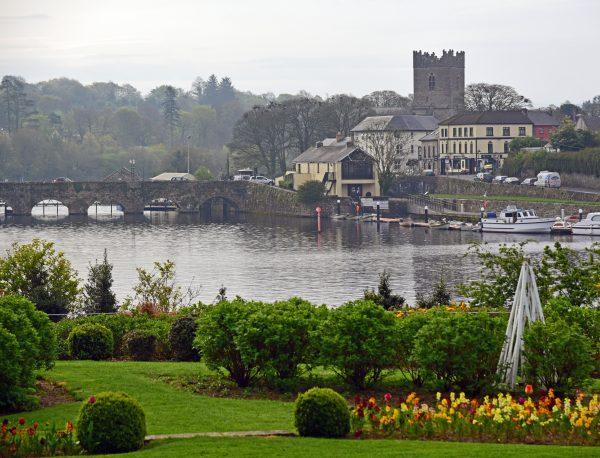 Blick auf Killaloe in Irland