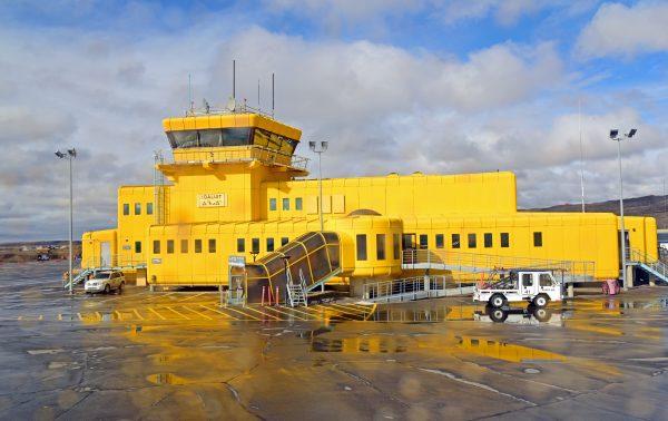 Abschied vom Airport Iqaluit