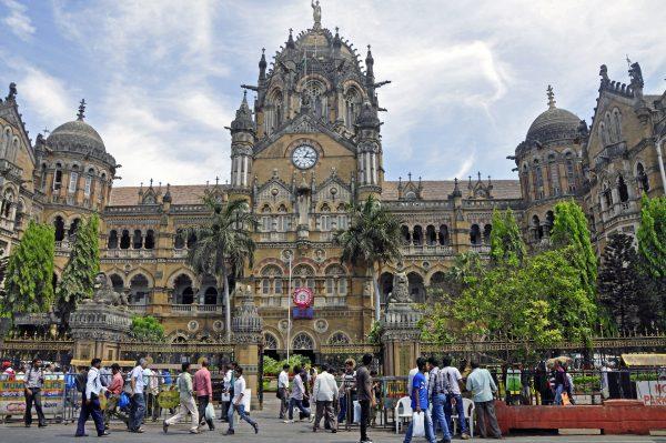 Der Hauptbahnhof von Mumbai