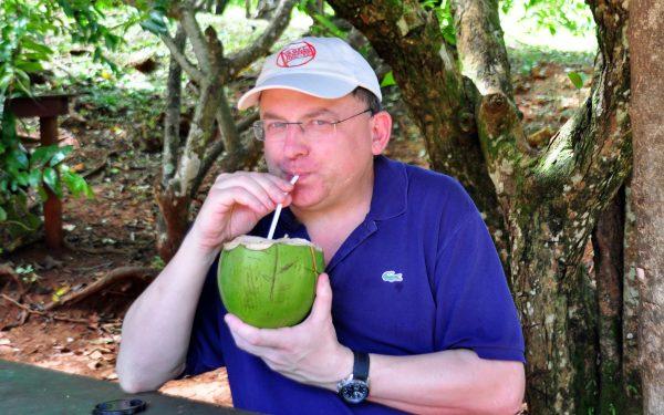 Zinni trank Kokosmilch, schmeckte gut!
