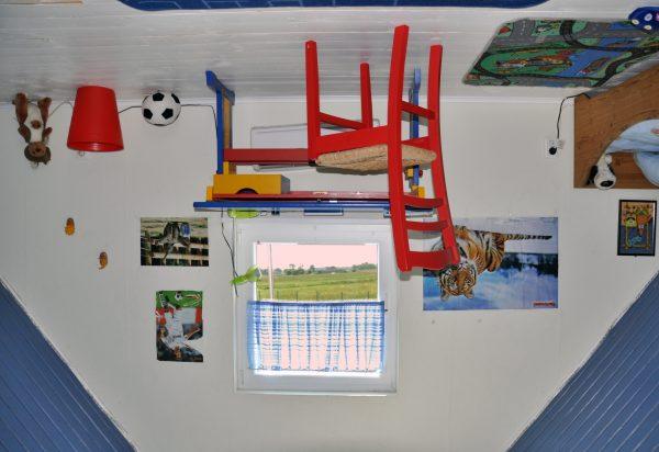 'Kopf-über-Haus' auf Usedom