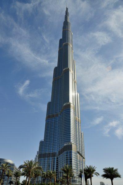 Burj Khalifa (sowohl das höchste bis heute errichtete Gebäude als auch das höchste Bauwerk der Welt)