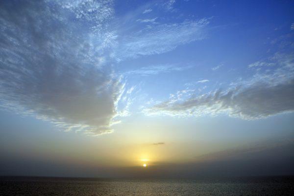 Es wird Nacht in Abu Dhabi
