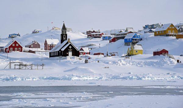 Ilulissat vom Boot aus gesehen
