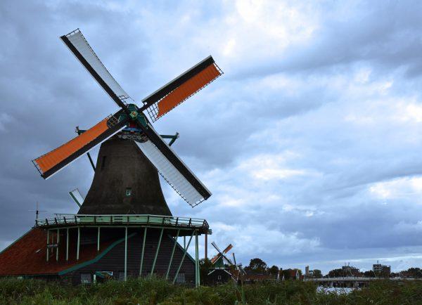 Eine Windmühle im Freilichtmuseum Zaanse Schans