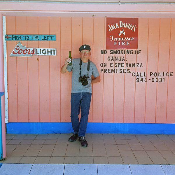 Zinnis Prost auf Cayman Brac