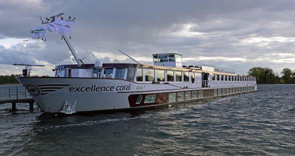 Die MS Excellence Coral in Tegel