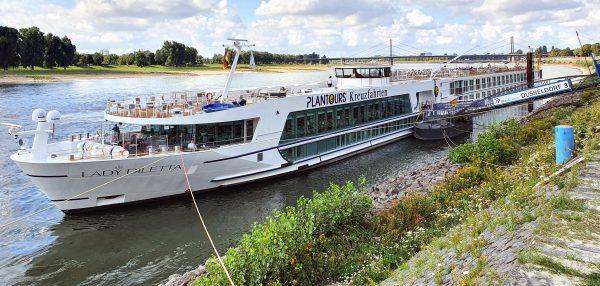 Beginn der Reise mit der MS Lady Diletta durch die Niederlande
