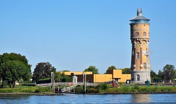 Ein Wasserturm von Dordrecht