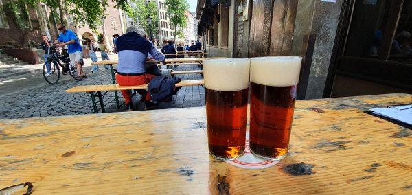 Alt-Bier im Uerige in Düsseldorf