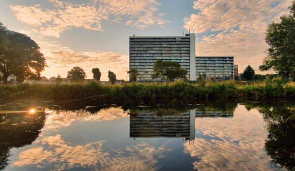 Wasser-Spiegelungen in Roermond