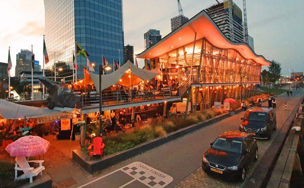Die 'Palmboompjes pop-up Bar' in Rotterdam
