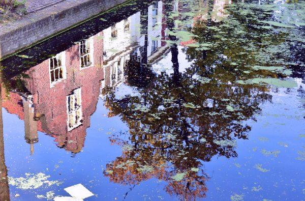 Spiegelungen in Delft