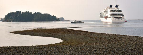 Die MS Seabourn Sojourn in Sitka
