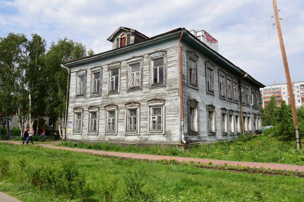 Chumbarova-Luchinskogo Avenue, Archangel