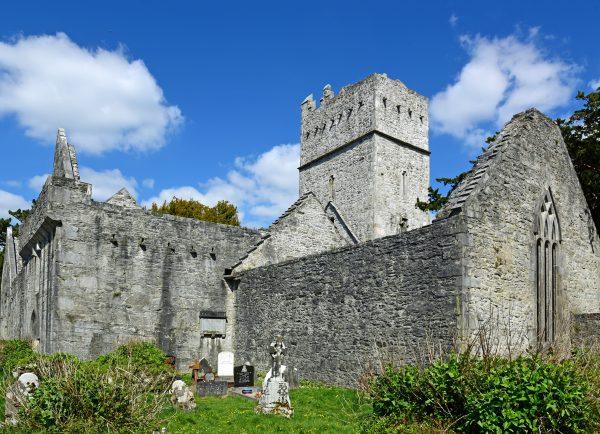 Muckross Abbey, Killarney National Park in Irland