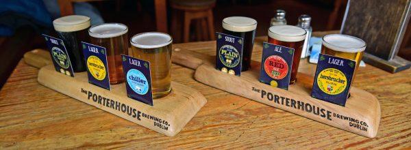 Bierprobe im Porterhouse Pub Dublin in Irland