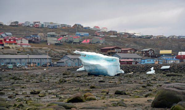 Gestrandete Eisberge in Iqaluit