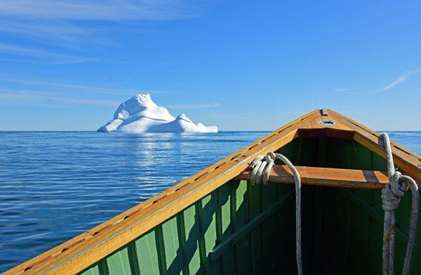 Mit dem Boot rund um Cape Dorset