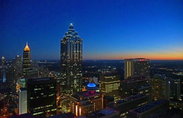 Blick auf Atlanta vom Westin Hotel am Morgen