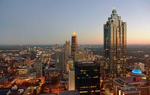 Blick auf Atlanta vom Westin Hotel am Tag