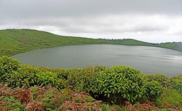 Der See El Junco in San Cristobal