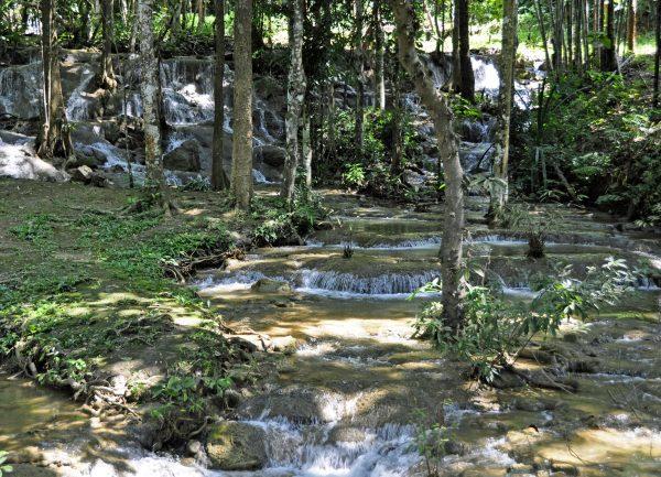 Die Pha Tad Wasserfälle