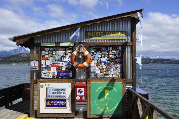 Ein Postamt am Ende der Welt (Puerto Guarani bei Ushuaia)