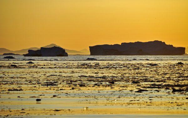 Mitternachtssonne im Icefjord von Ilulissat