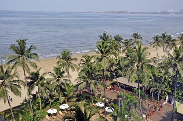 Blick auf den Strand vom Novotel, Mumbai
