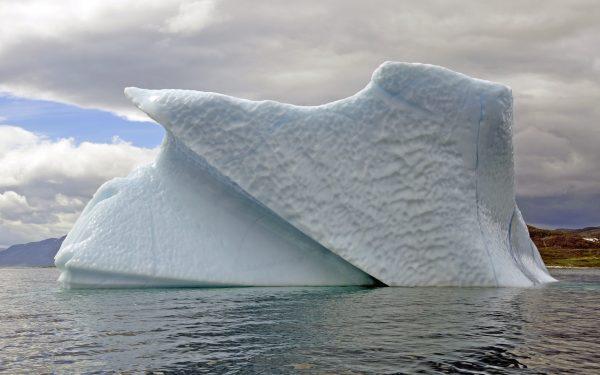 Ein wunderschöner Eisberg nahe Hebron