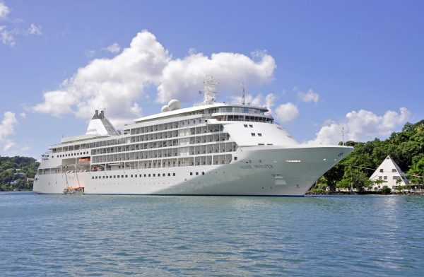 Die MS Silver Whisper in Castries, St. Lucia