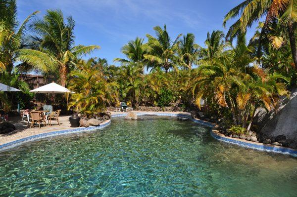 Der Pool vom Wananavu Beach Resort