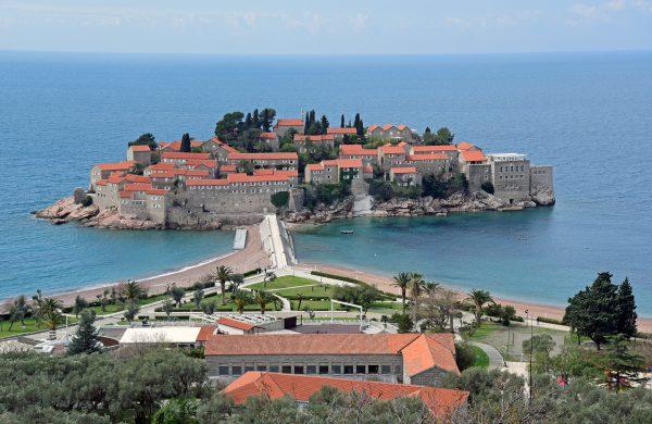 Die kleine Adria-Insel Sveti Stefan