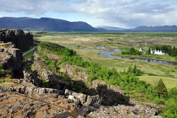 Þingvellir (ein Ort und ein Nationalpark im Südwesten von Island)