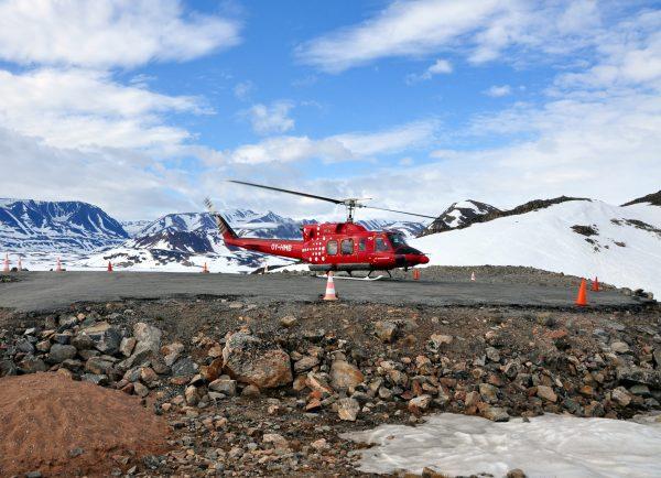 Air Greenland auf dem Heliport von Ittoqqortoormiit