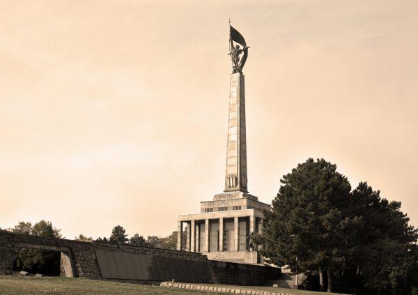 Das Kriegsdenkmal Slavín in Bratislava