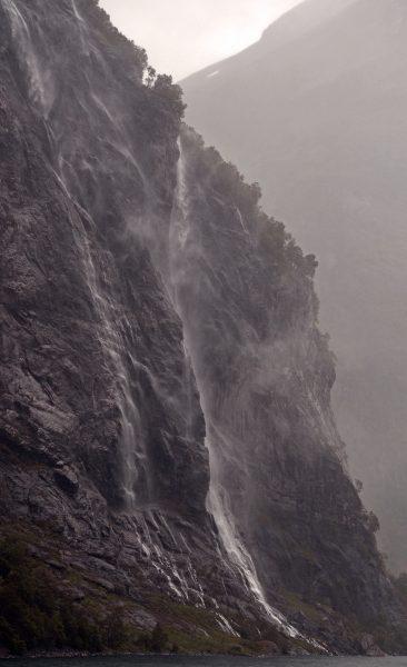 Die 'Sieben Schwestern' im Geiranger-Fjord, Norwegen