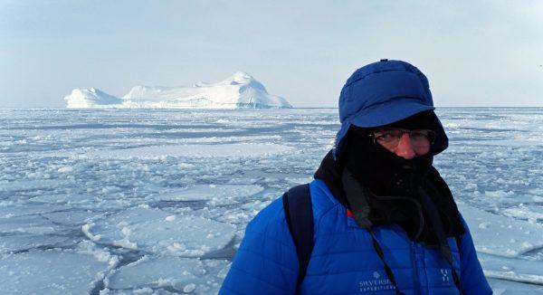 Zinni auf einer Bootsfahrt zum Eis-Fjord von Ilulissat