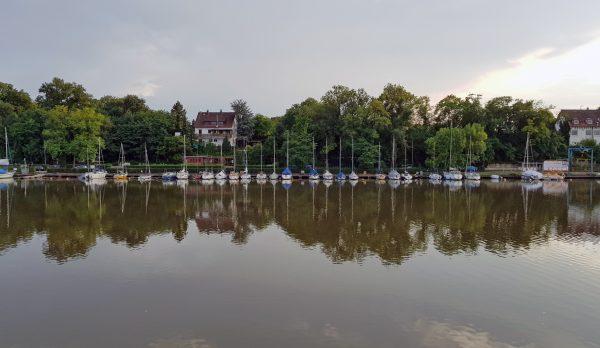 Abendliche Stimmung am Neckar