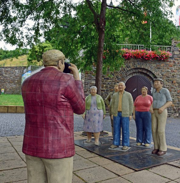 Touristen in Bingen