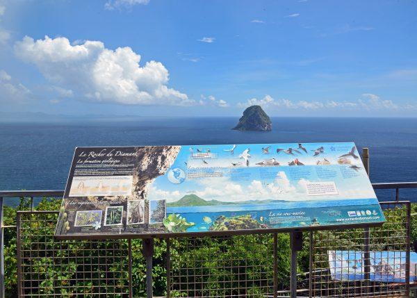 Der Felsen Rocher du Diamant in Martinique