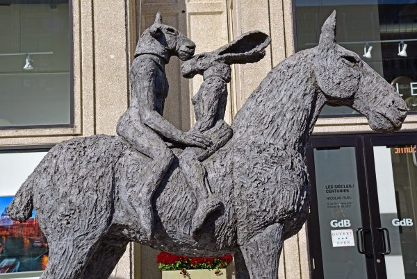Eine Statue in Montréal