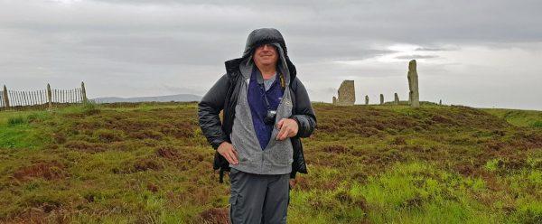 Der nasse Zinni, und der Ring of Brodgar, Orkney Inseln, Schottland