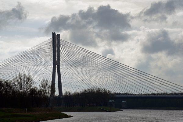 Die Redzinski-Brücke in Breslau