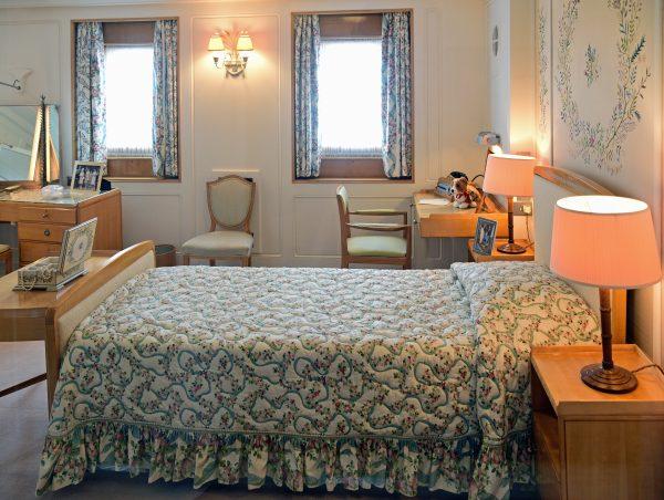 Das Queen-Schlafzimmer auf der HMY Britannia in Leith