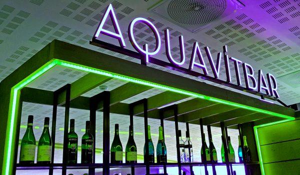 Die Aquavit-Bar, Flughafen Oslo, Norwegen