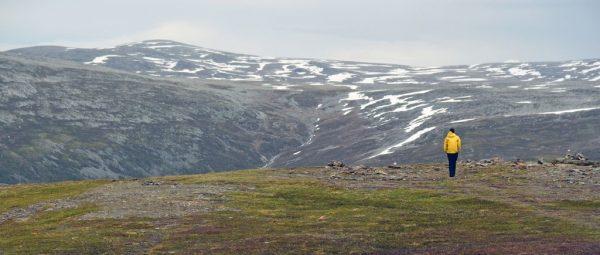Wandern auf dem Berg Storsteinen, Tromsø, Norwegen