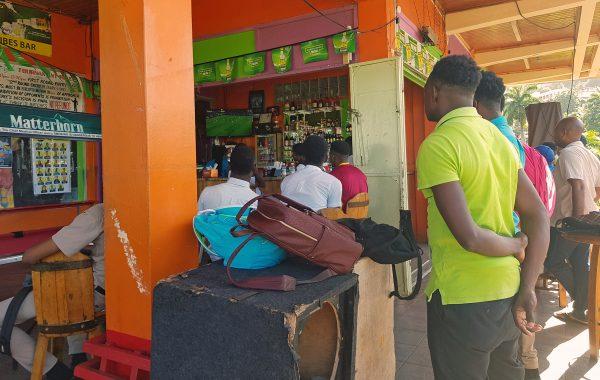 Eine Sports-Bar in Port Antonio